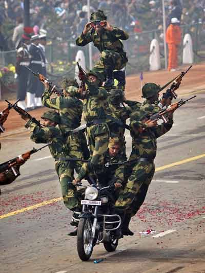 R-Day-Bike-stunts-by-BSF